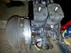 der neue Motor mit gereinigten Vergaser